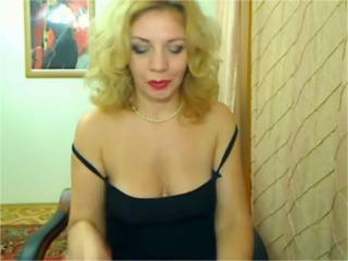 AmazingDeborah - VIP Videos - 572460