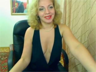 AmazingDeborah - VIP Videos - 615540