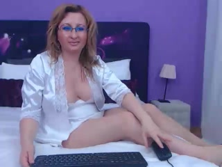 OlgaMature - VIP Videos - 111985447